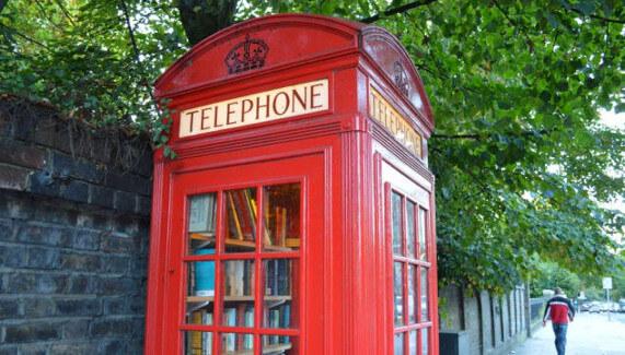 Londres cabine téléphoniques rouges micro-librairie